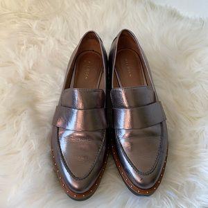 Halogen Metallic leather loafer flats